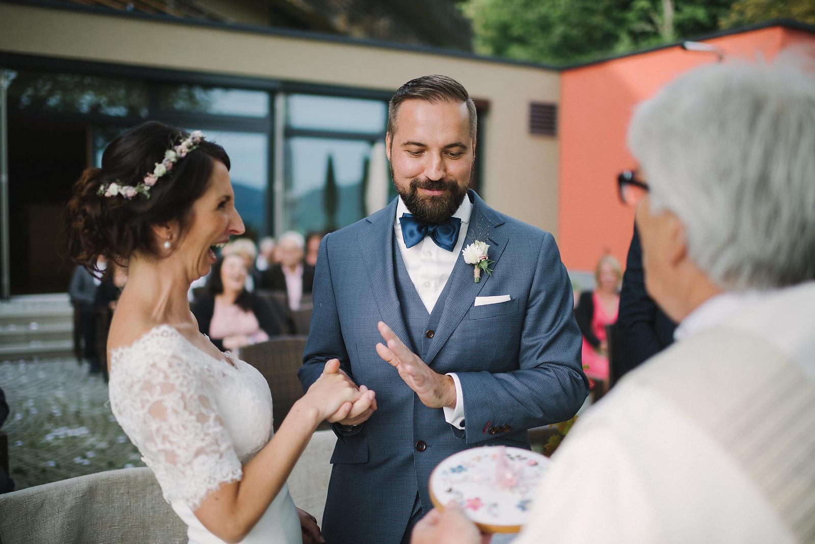 Fotograf Konstanz - Hochzeitsfotograf Reutlingen Achalm Hochzeit EFP 49 - Documentary wedding story on the Achalm, Reutlingen  - 40 -