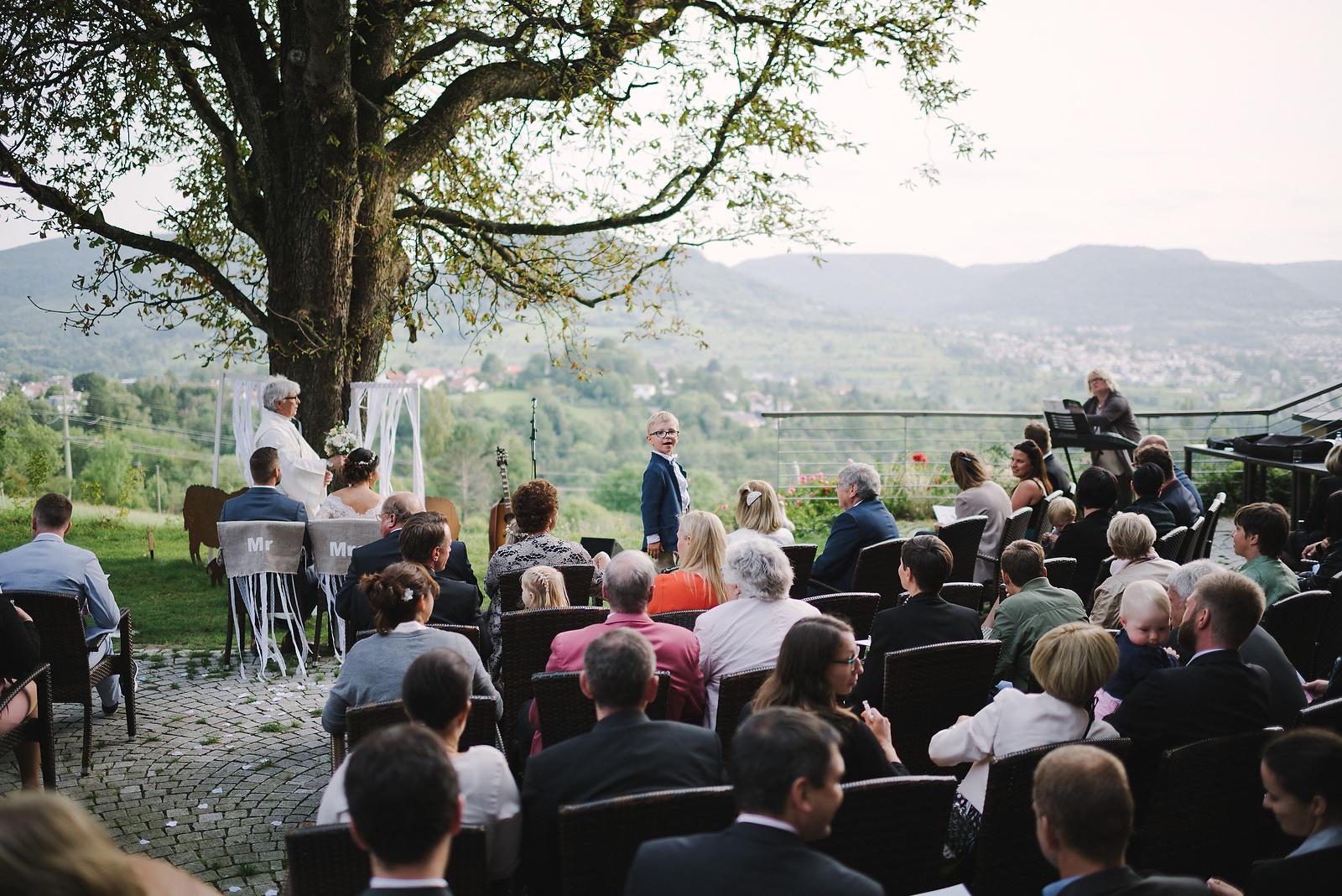 Fotograf Konstanz - Hochzeitsfotograf Reutlingen Achalm Hochzeit EFP 61 - Documentary wedding story on the Achalm, Reutlingen  - 49 -
