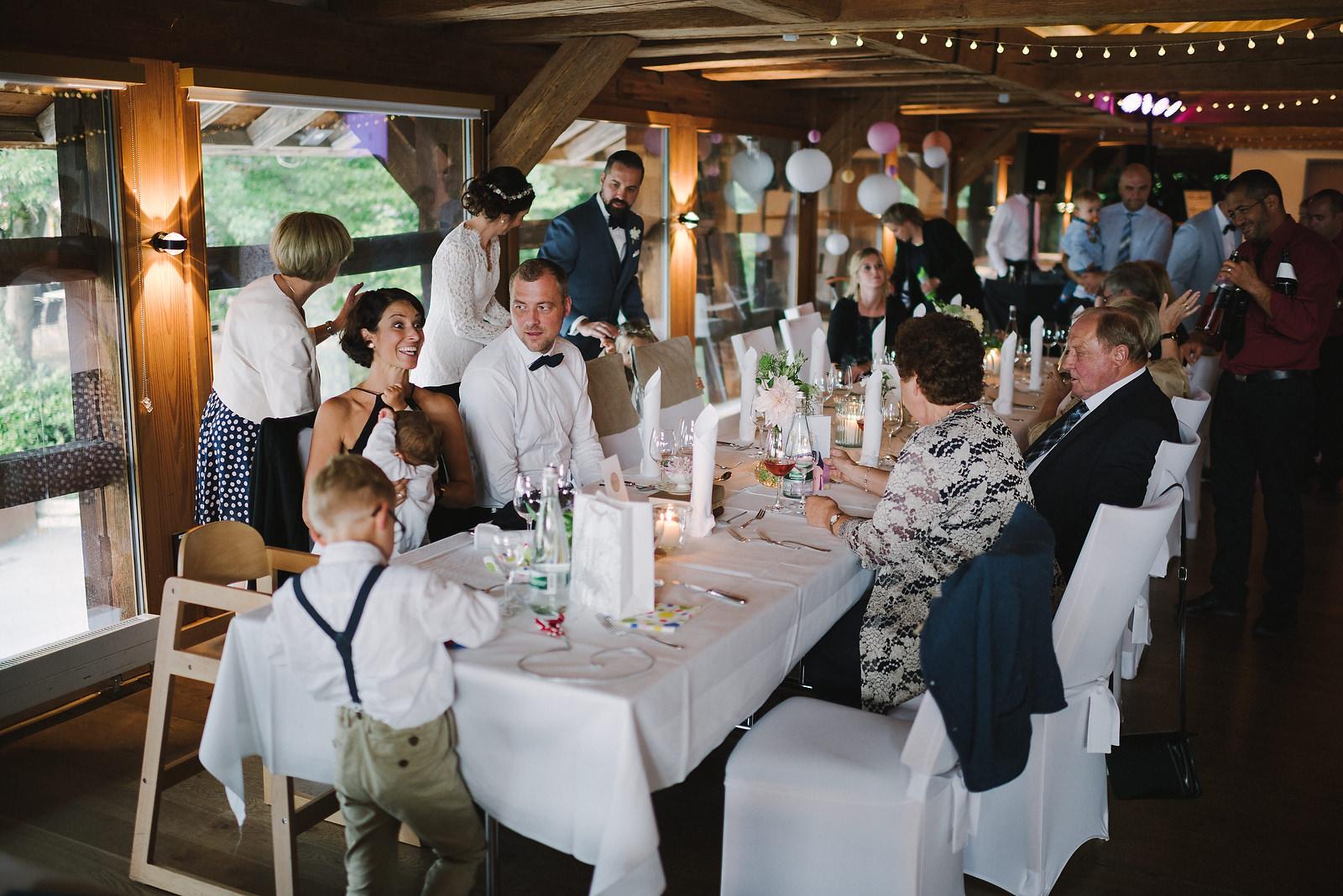Fotograf Konstanz - Hochzeitsfotograf Reutlingen Achalm Hochzeit EFP 76 - Documentary wedding story on the Achalm, Reutlingen  - 61 -