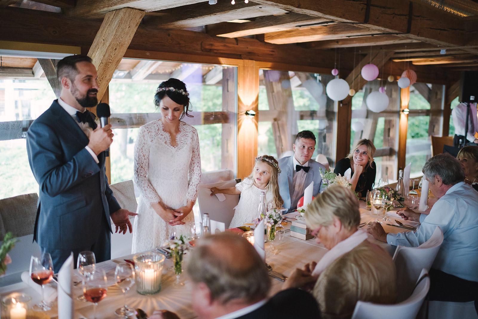 Fotograf Konstanz - Hochzeitsfotograf Reutlingen Achalm Hochzeit EFP 79 - Documentary wedding story on the Achalm, Reutlingen  - 65 -