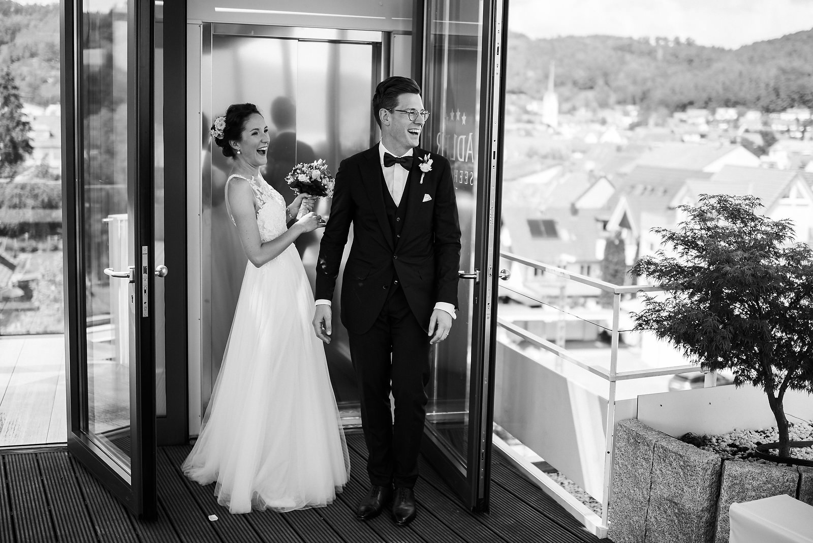 Fotograf Konstanz - Hochzeitsfotograf Bodensee Zollhaus Ludwigshafen Hochzeit Konstanz EFP 035 - Hochzeitsreportage im Zollhaus in Bodman-Ludwigshafen, Bodensee  - 167 -