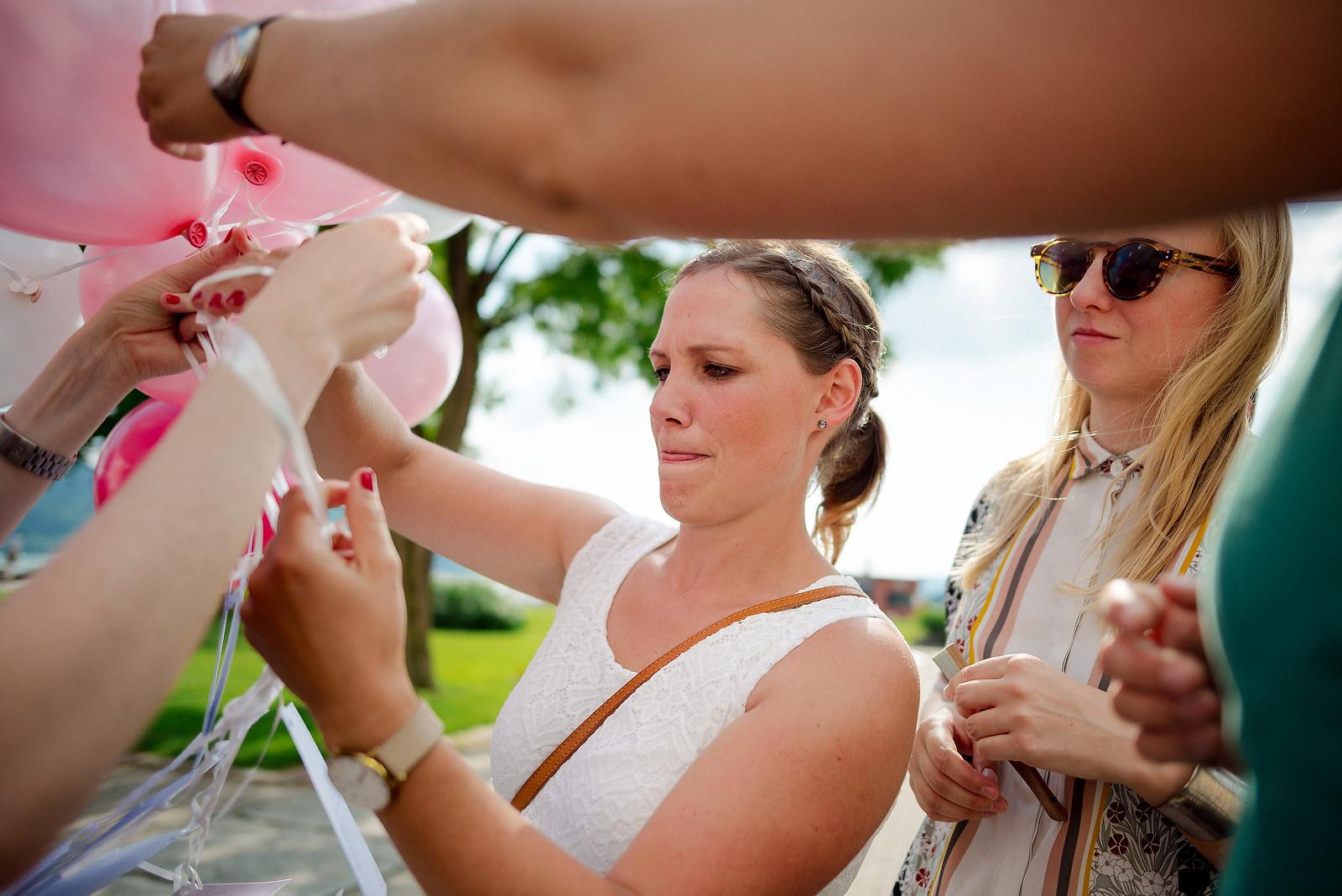 Fotograf Konstanz - Hochzeitsfotograf Bodensee Zollhaus Ludwigshafen Hochzeit Konstanz EFP 056 - Hochzeitsreportage im Zollhaus in Bodman-Ludwigshafen, Bodensee  - 180 -