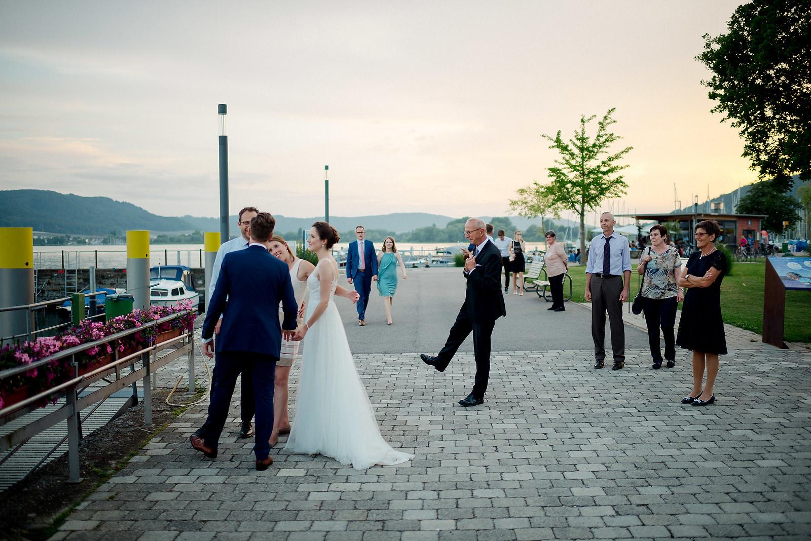 Fotograf Konstanz - Hochzeitsfotograf Bodensee Zollhaus Ludwigshafen Hochzeit Konstanz EFP 124 - Hochzeitsreportage im Zollhaus in Bodman-Ludwigshafen, Bodensee  - 230 -
