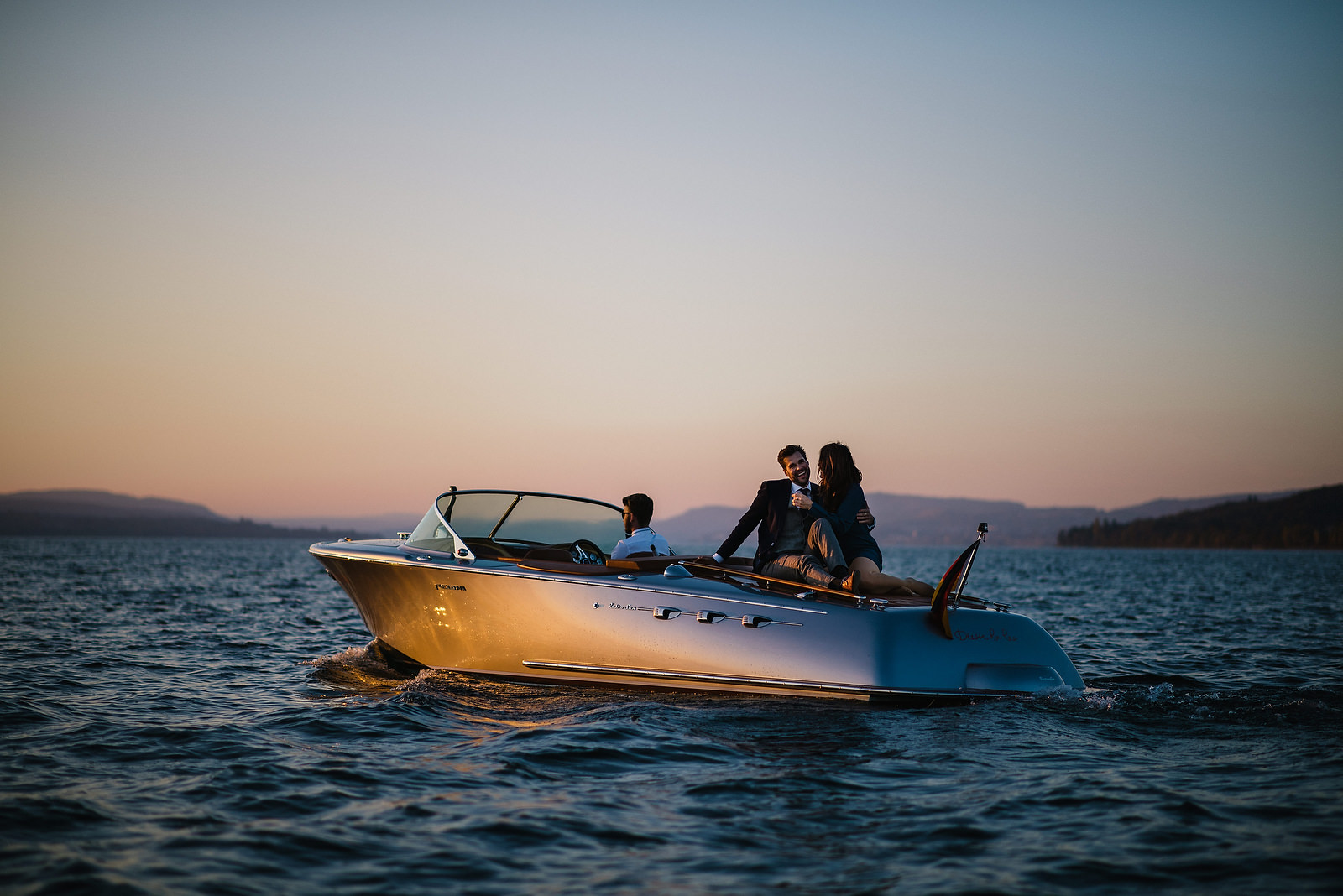 Fotograf Konstanz - Couple Shooting on Lake Constance with a Pegiva motor boat  - 29 -