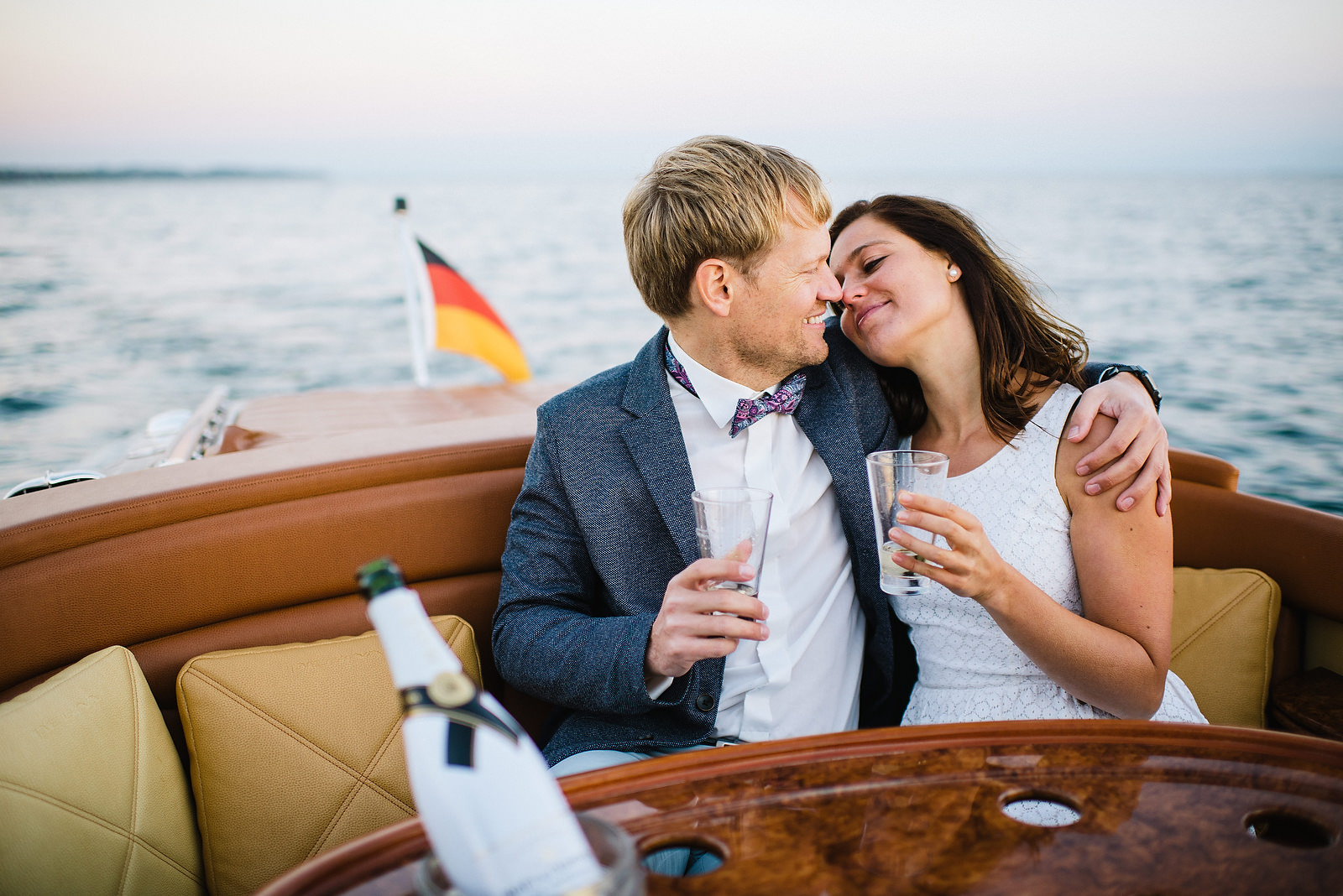 Fotograf Konstanz - Classic Boat Pegiva Shooting Bodensee Hochzeit Erlebnis EFP 42 - Experience a Pegiva boat shooting on Lake Constance  - 16 -