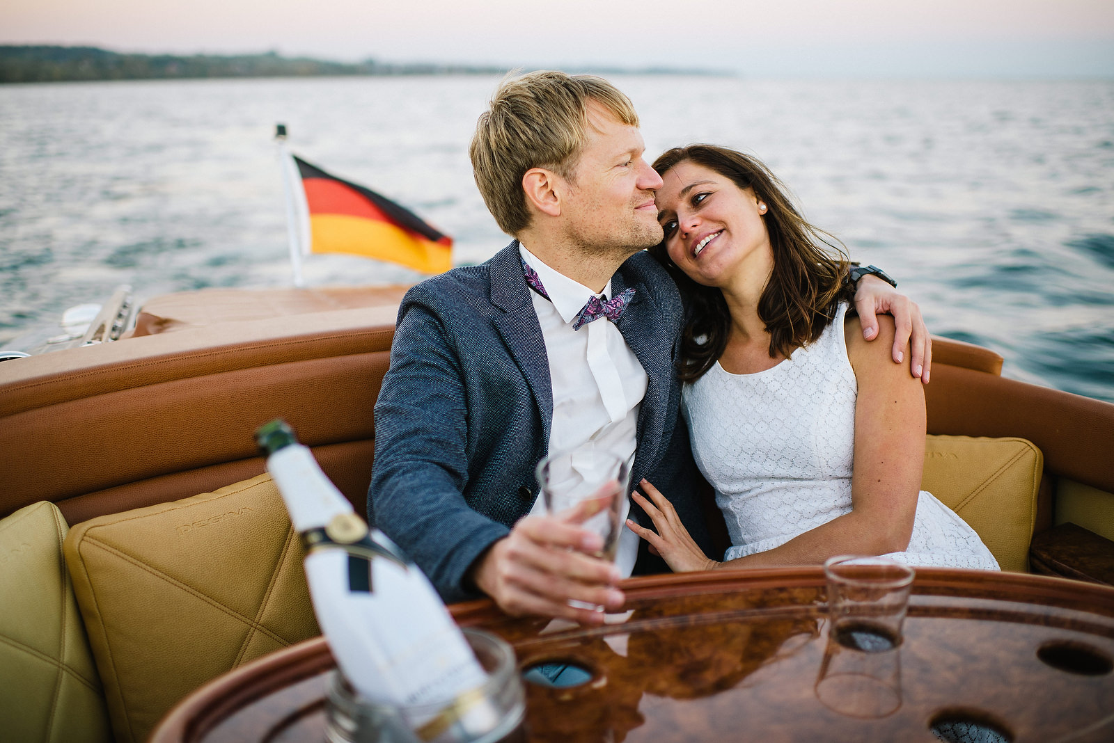 Fotograf Konstanz - Classic Boat Pegiva Shooting Bodensee Hochzeit Erlebnis EFP 45 - Experience a Pegiva boat shooting on Lake Constance  - 12 -