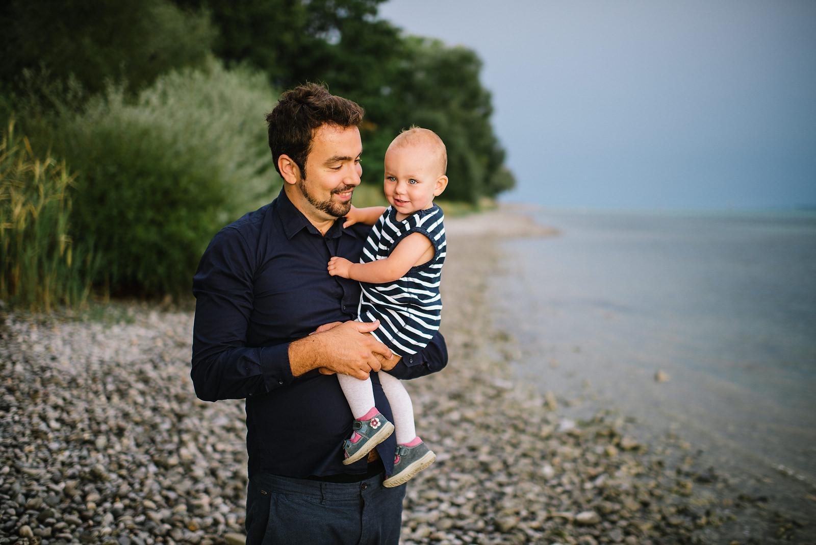 Fotograf Konstanz - Familienbilder Familien Musiker Baby Paar Shooting Konstanz EFP 04 - Familienbilder am Bodenseeufer bei Konstanz  - 30 -