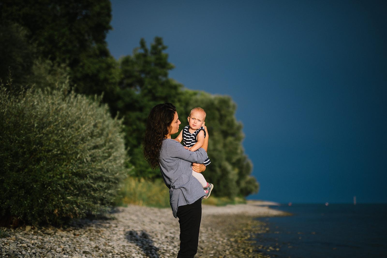 Fotograf Konstanz - Familienbilder Familien Musiker Baby Paar Shooting Konstanz EFP 14 - Familienbilder am Bodenseeufer bei Konstanz  - 37 -