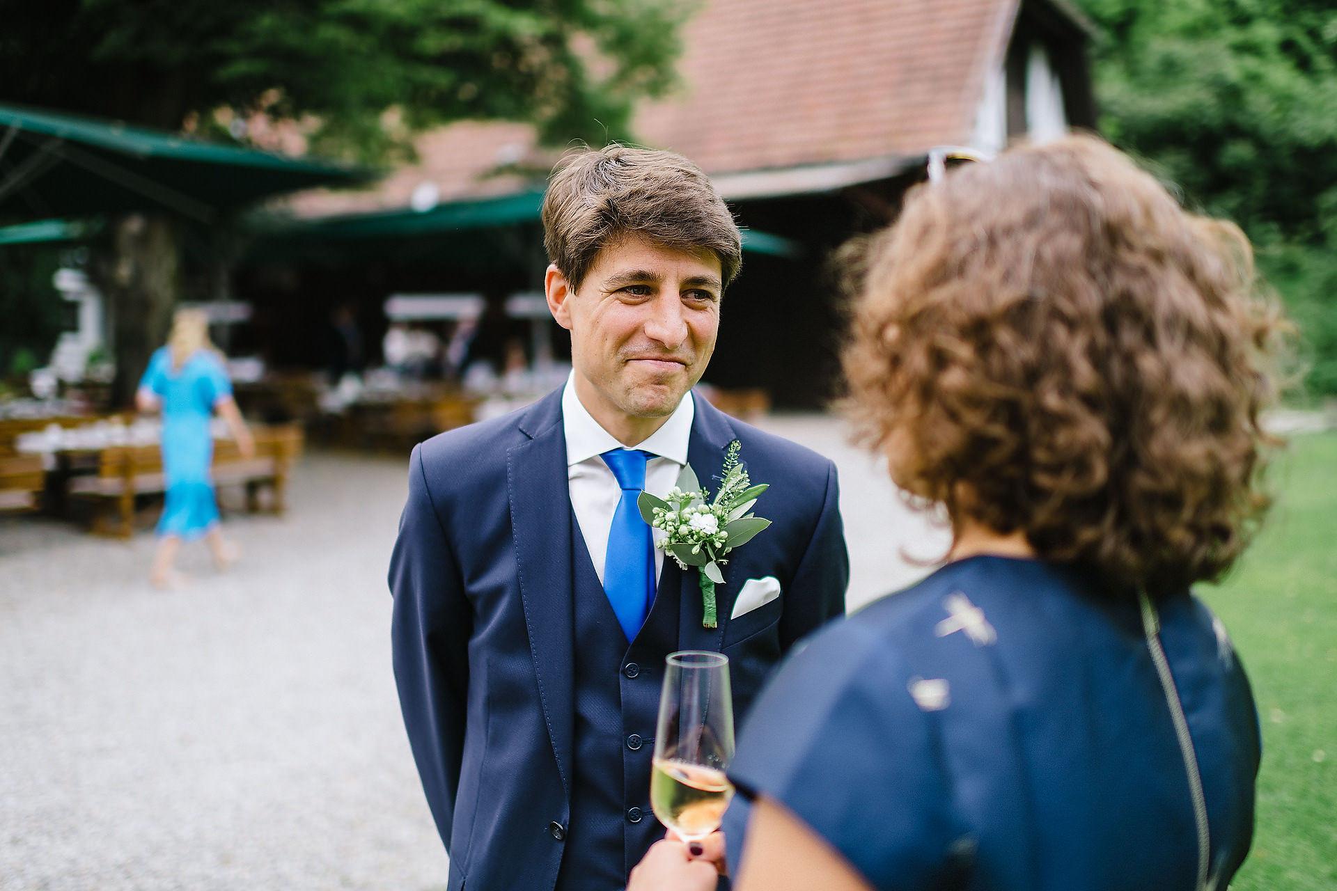 Fotograf Konstanz - Hochzeitsreportage Freiburg Hofgut Lilienhof Hochzeit Fotograf Konstanz 39 - Hochzeit in Freiburg und Hofgut Lilienhof  - 35 -
