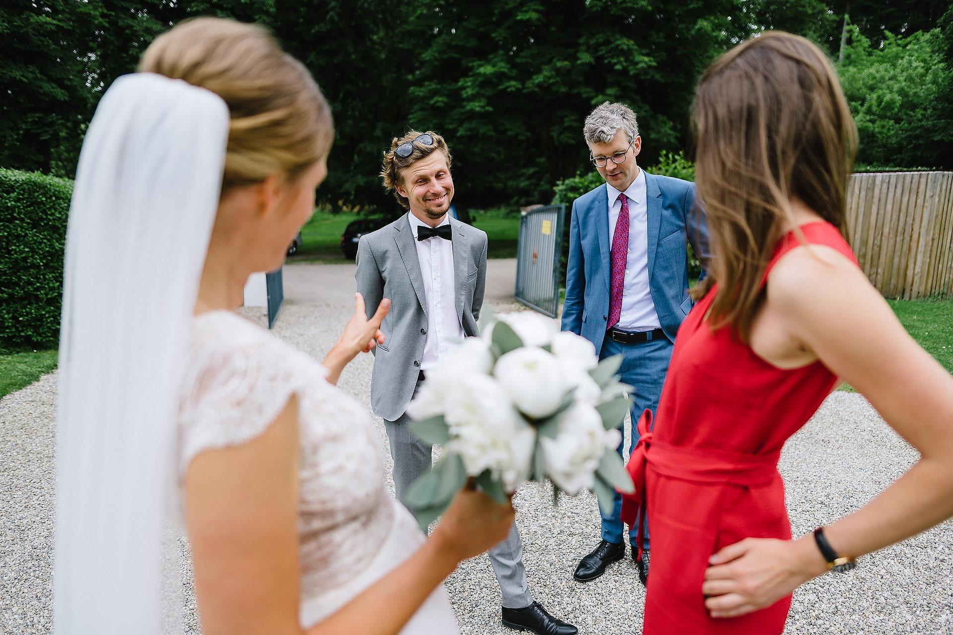 Fotograf Konstanz - Hochzeitsreportage Freiburg Hofgut Lilienhof Hochzeit Fotograf Konstanz 41 - Hochzeit in Freiburg und Hofgut Lilienhof  - 140 -