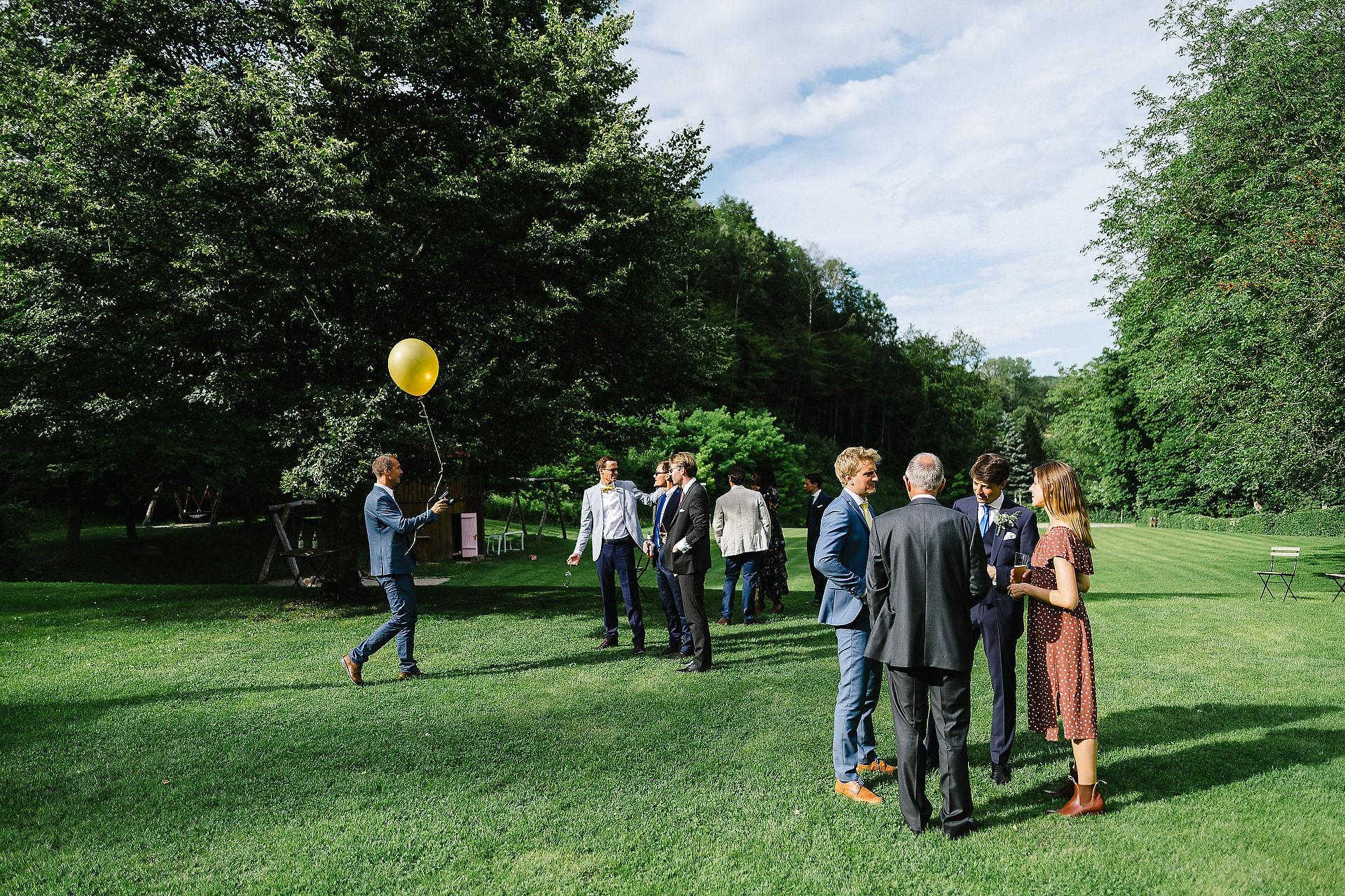 Fotograf Konstanz - Hochzeitsreportage Freiburg Hofgut Lilienhof Hochzeit Fotograf Konstanz 64 - Hochzeit in Freiburg und Hofgut Lilienhof  - 55 -