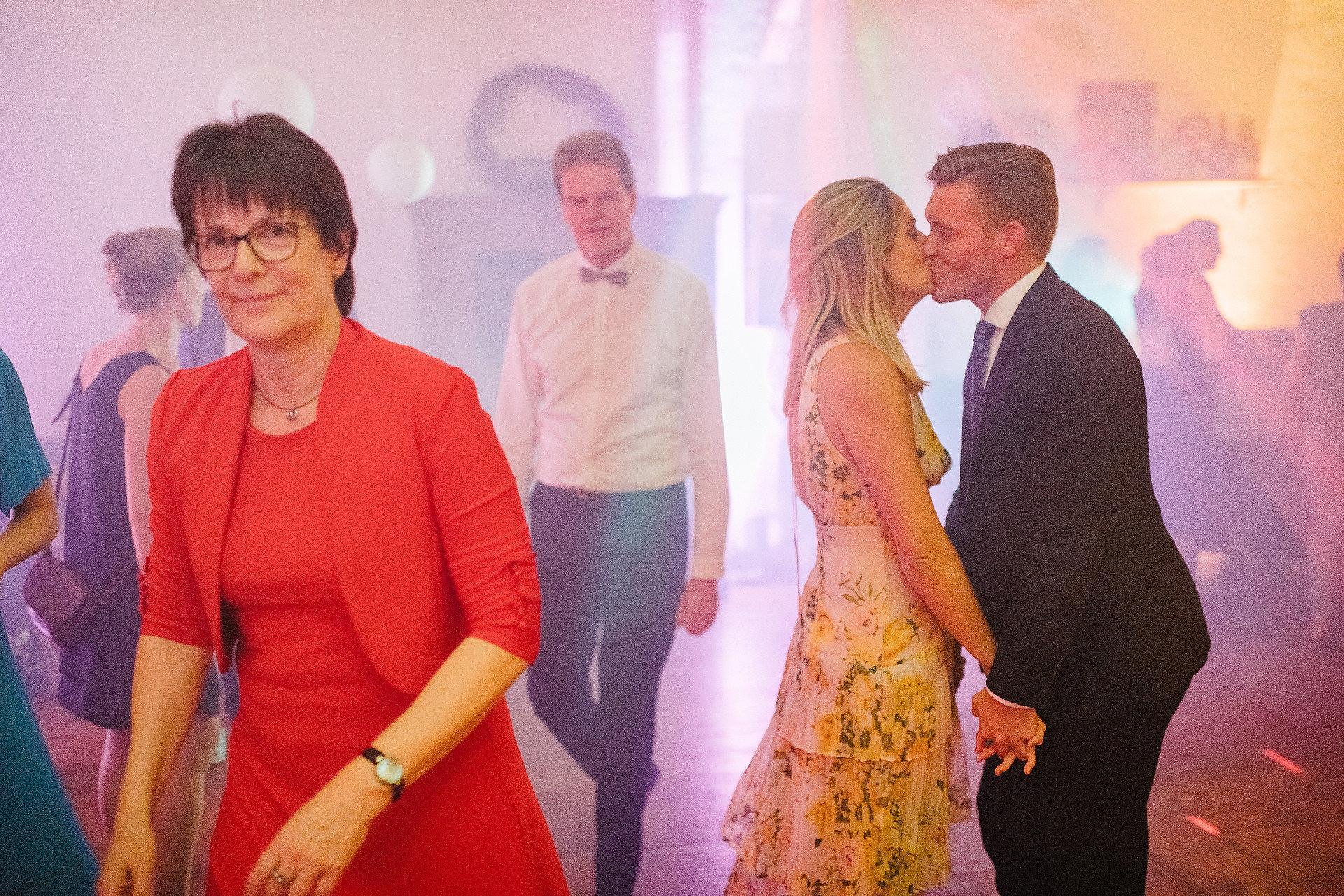 Fotograf Konstanz - Hochzeitsreportage Freiburg Hofgut Lilienhof Hochzeit Fotograf Konstanz 91 - Hochzeit in Freiburg und Hofgut Lilienhof  - 184 -