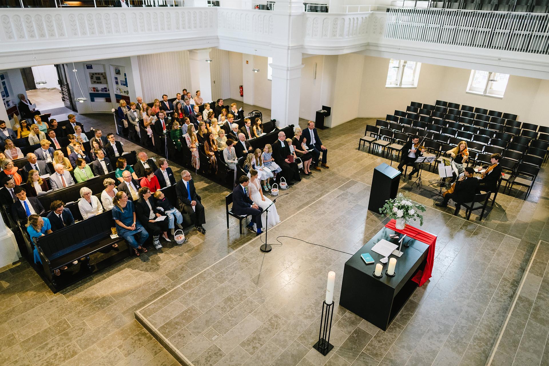 Fotograf Konstanz - Hochzeitsreportage Freiburg Hofgut Lilienhof Hochzeit Fotograf Konstanz 119 - Hochzeit in Freiburg und Hofgut Lilienhof  - 119 -