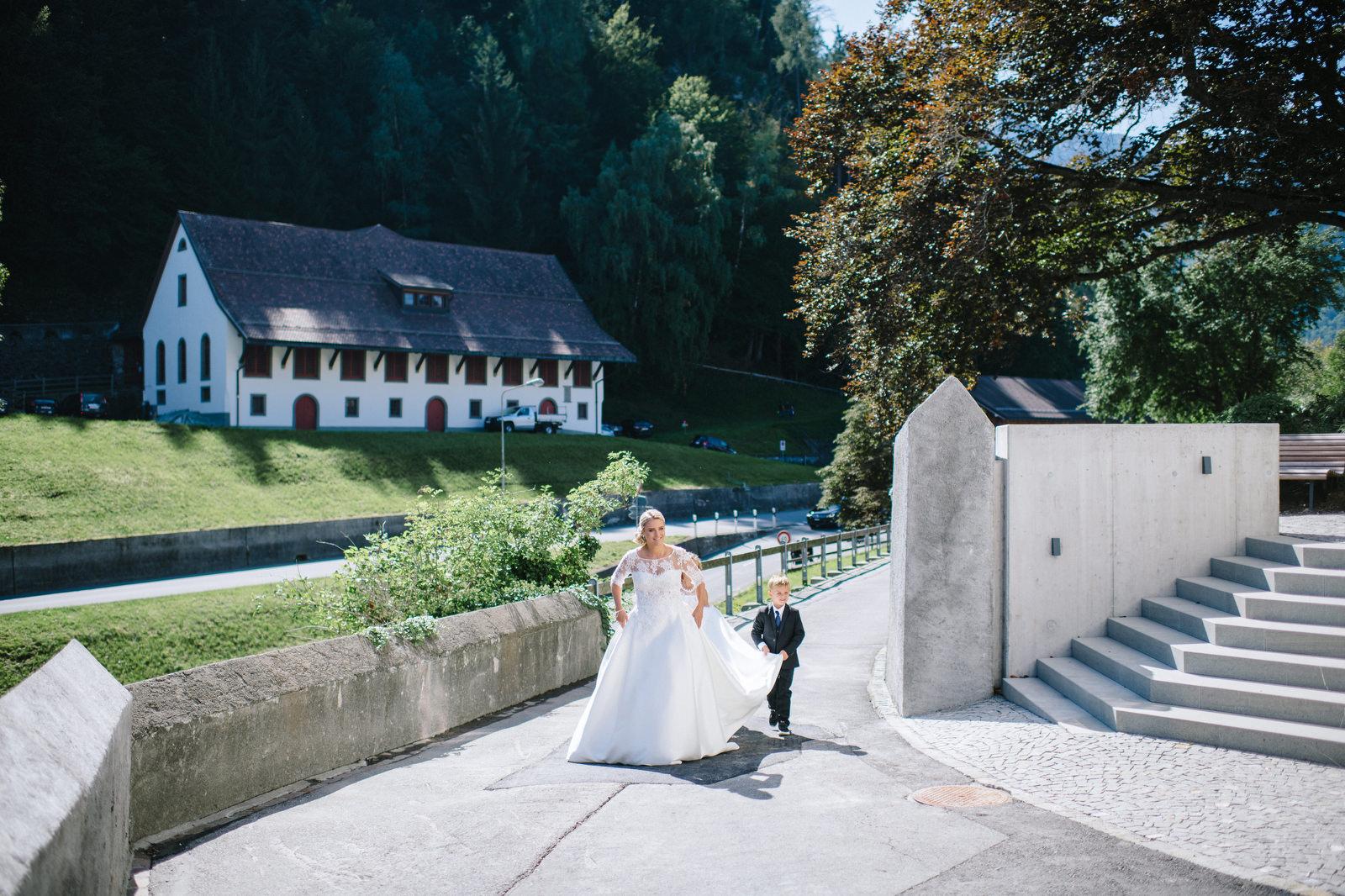 Fotograf Konstanz - Luxus Hochzeit Fotograf Grand Resort Bad Ragaz Schweiz Lichtenstein 047 - Destination wedding at the Grand Resort Bad Ragaz, Swiss  - 138 -